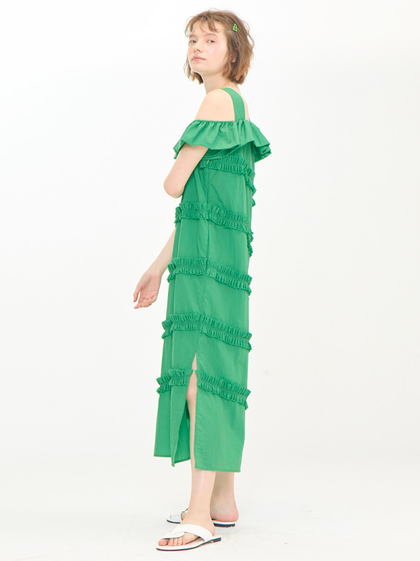 [EXCLUSIVE] Frill Off-shoulder Dress / Green