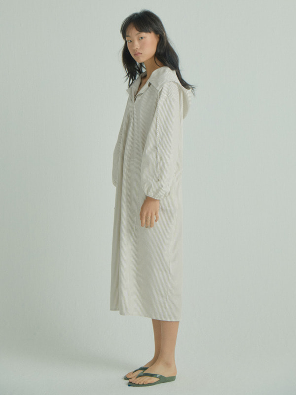 Hoodie Collar Dress / Beige